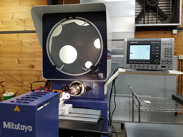 Mitutoyo Optical Comparator with Heidenhain geometric DRO 2
